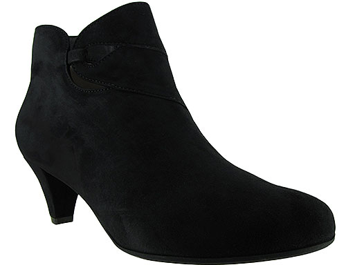 Bette Black Suede